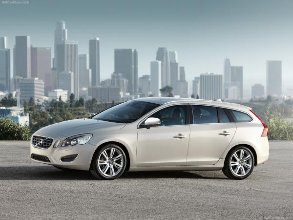 В Volvo представили новый V60