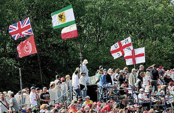 F1: Победа второго номера на экваторе