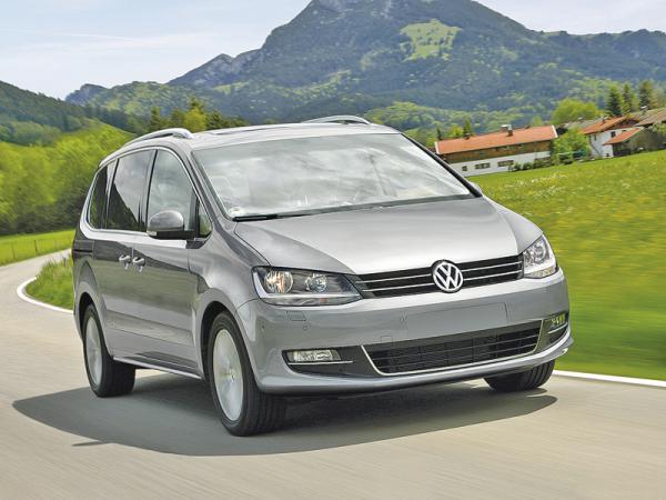 Volkswagen Sharan: мини-вэн для большой семьи
