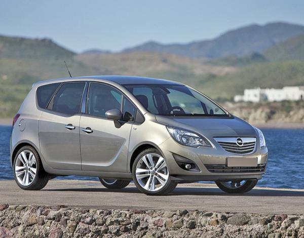 Opel представит в Украине новое поколение Meriva и Astra