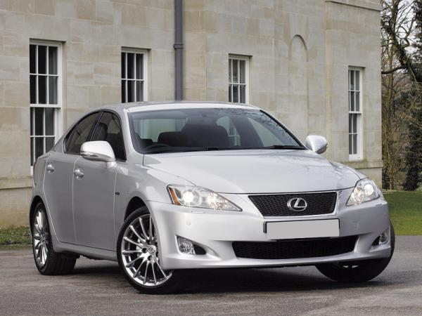 Lexus IS: Обновление 2011