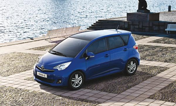 Toyota покажет гибридный мини-вэн Verso-S