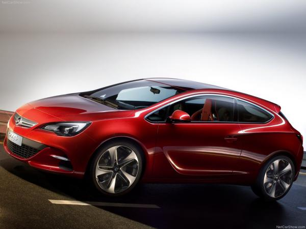 Предсерийный Opel Astra GTC покажут на Парижском автосалоне