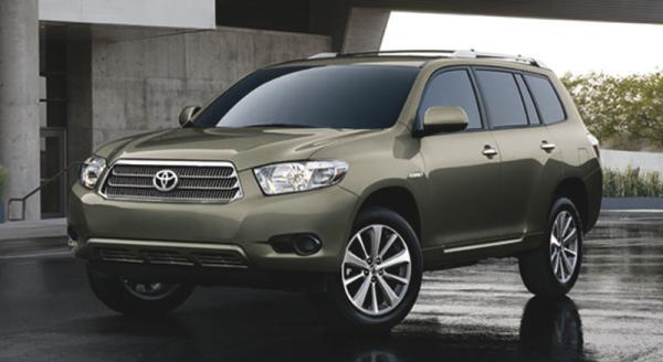 В Украине доступны две новые модели Toyota