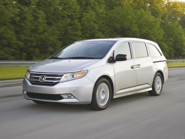 Honda Odyssey: автомобиль для большой семьи