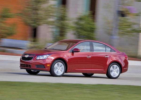 Электромотор Chevrolet Cruze EV развивает 201 л. с.