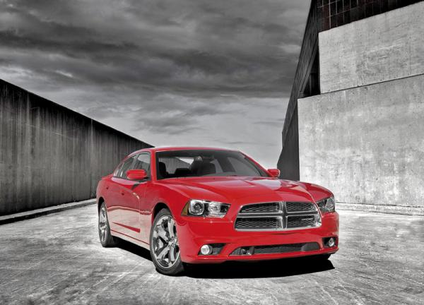 """Dodge Charger: новое поколение легендарного """"спортсмена"""""""