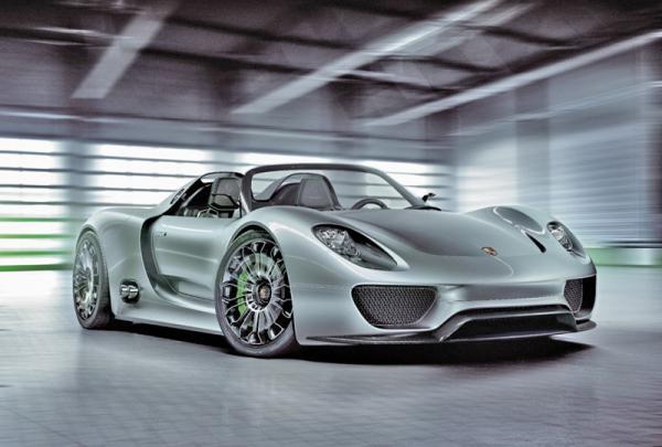Гибридный Porsche 918 Spyder появится в 2013 году