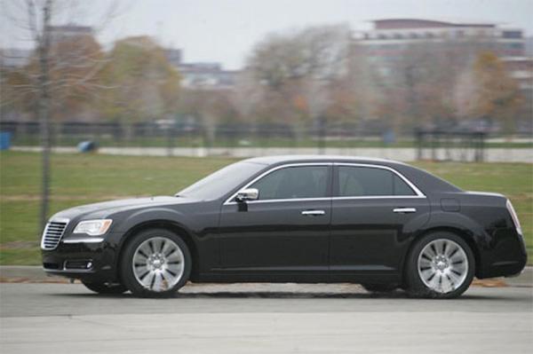 Новое поколение Chrysler 300C
