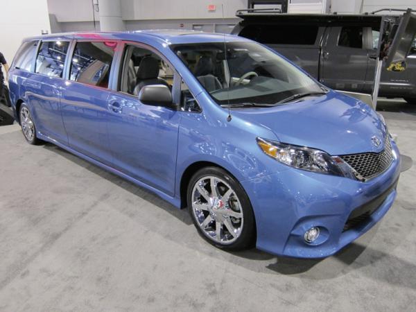 Swagger Wagon Supreme – лимузин от Toyota