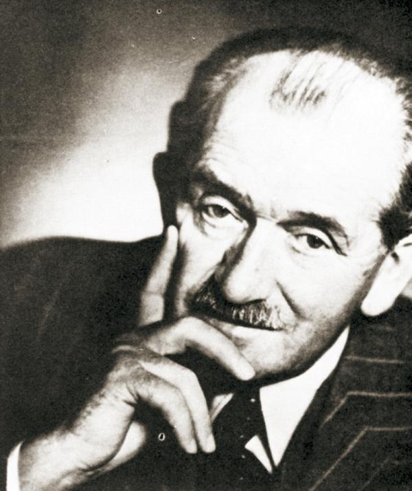 Фердинанд Порше, любивший автомобили и не любивший войну
