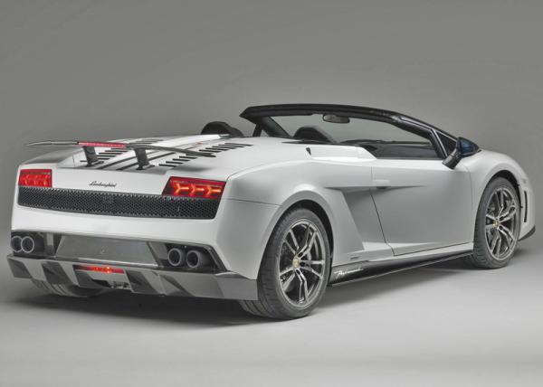 Lamborghini Gallardo LP570-4 Spyder Performance: сверхлегкий, сверхмощный