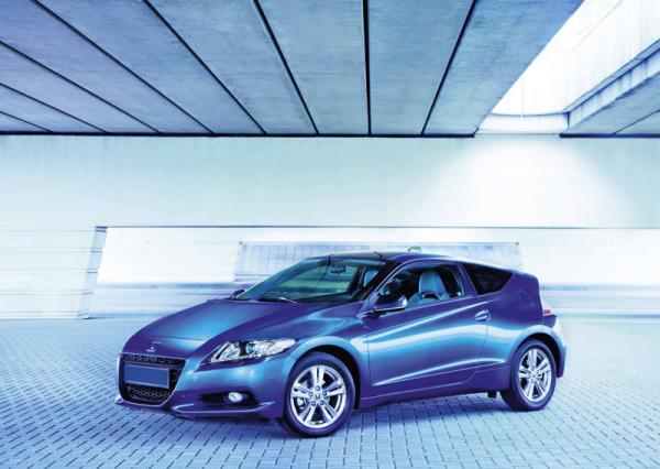 Гибрид Honda CR-Z станет бензиновым