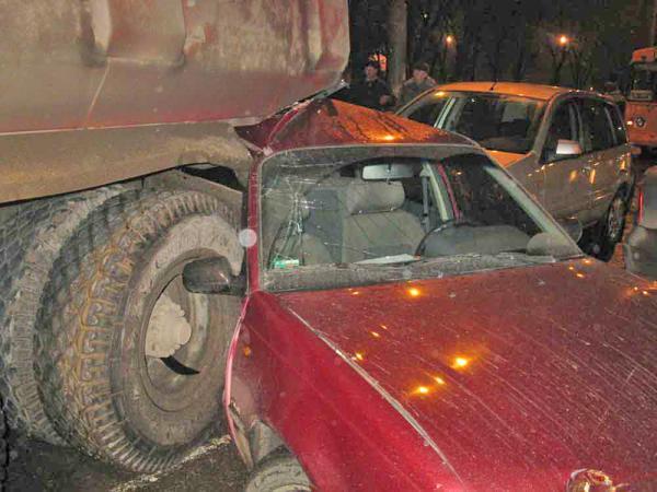 В Харькове столкнулись семь транспортных средств