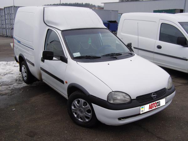 Opel Combo: проще некуда